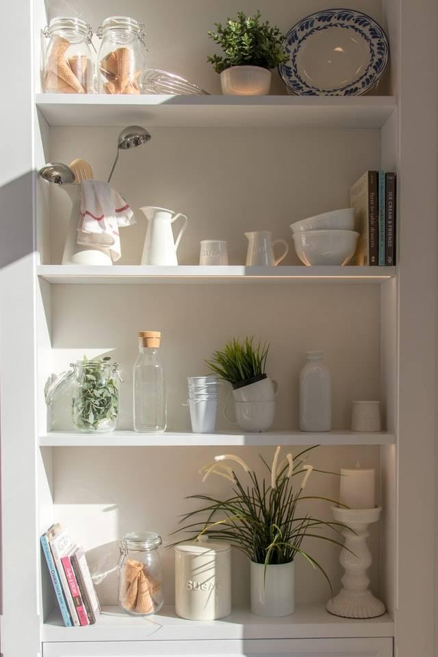 Kitchen wall cabinet storage